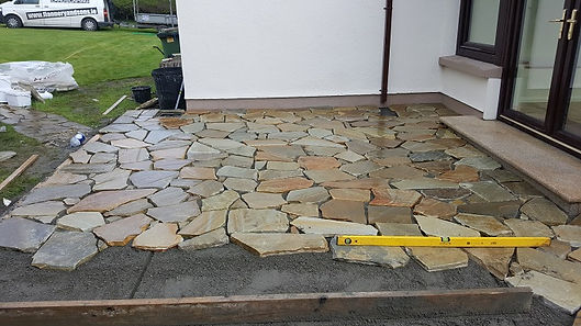 Sandstone-crazy-paving