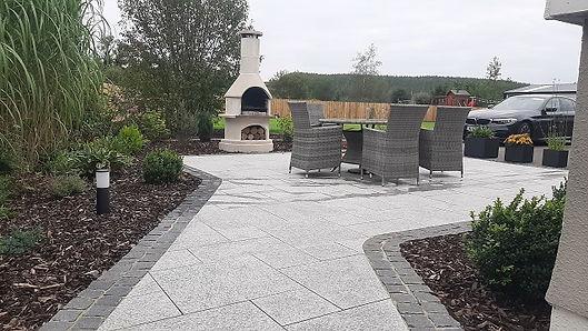 silver-granite-paving.jpg