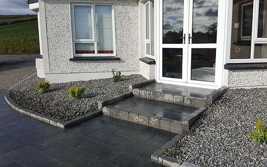 Limestone-steps-patio-area