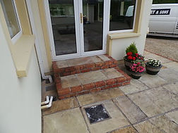 Brick steps-patio brick- bricklaying contractor