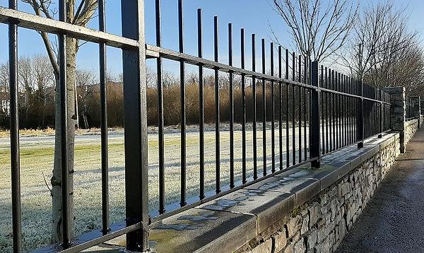 wall-steel-railings.jpg