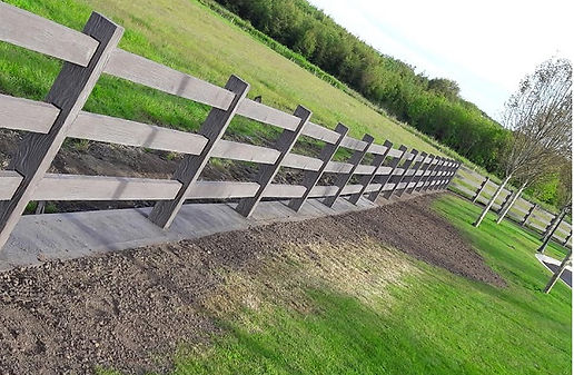 brown-timber-effect-concrete-fence.jpg
