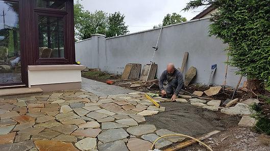 Sandstone-crazy-paving-stone