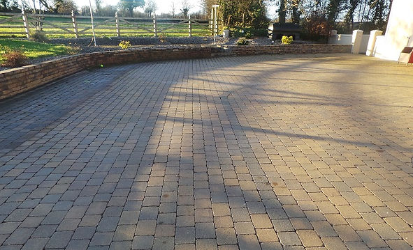 brick-paving-flannery and sons landscaping.jpg