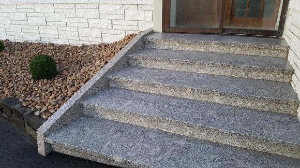 Granite natural stone steps