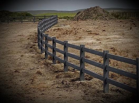 Black-concrete-ranch-fence