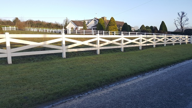 pvc-post-and-rail-fence