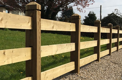 mortice timber fencing.jpg