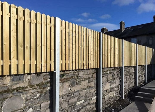 Timber-fence-on-Wall.jpg