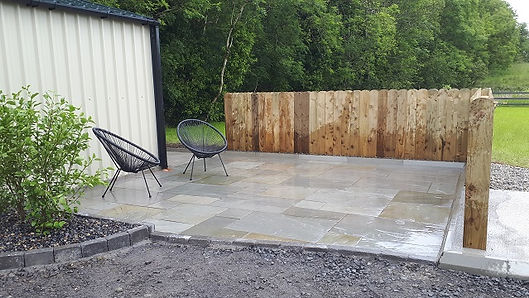 sandstone-paving-patio.jpg