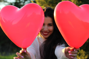 Truques para os solteiros terem o melhor Dia dos Namorados