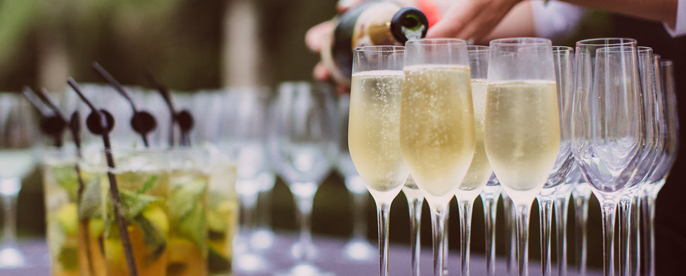 Champagne-drinks-at-birthday-party.jpg