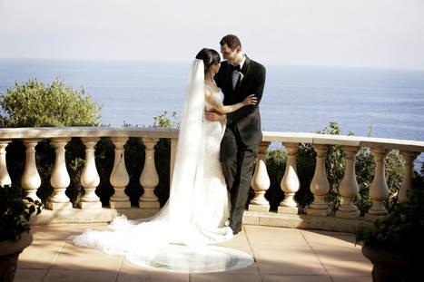 bride-and-groom-destination-wedding-gran
