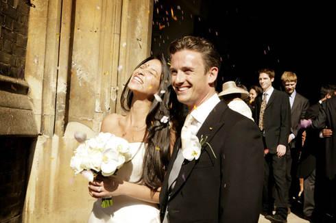 confetti-shot-berkely-hotel-wedding-phot