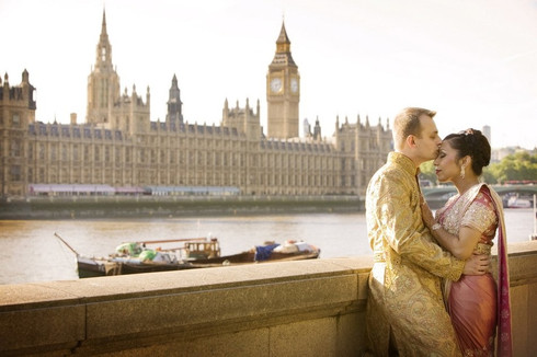 indian-anglo-big-ben-london-wedding-phot