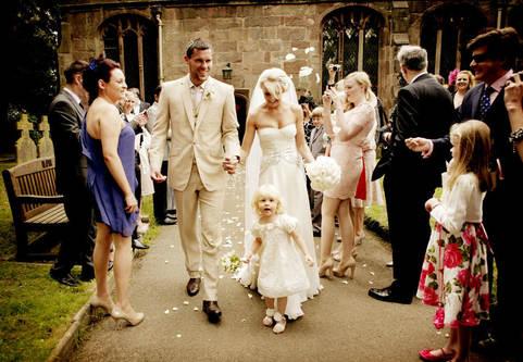 confetti-shot-surrey-wedding-photography