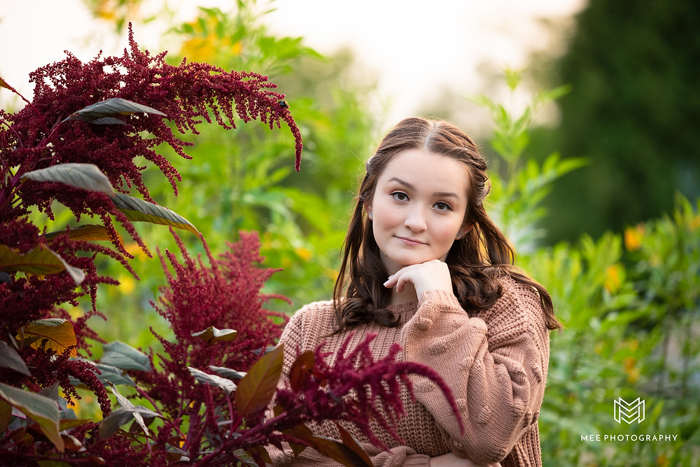 Nature senior session at Phipps Conservatory in Pittsburgh, Pennsylvania