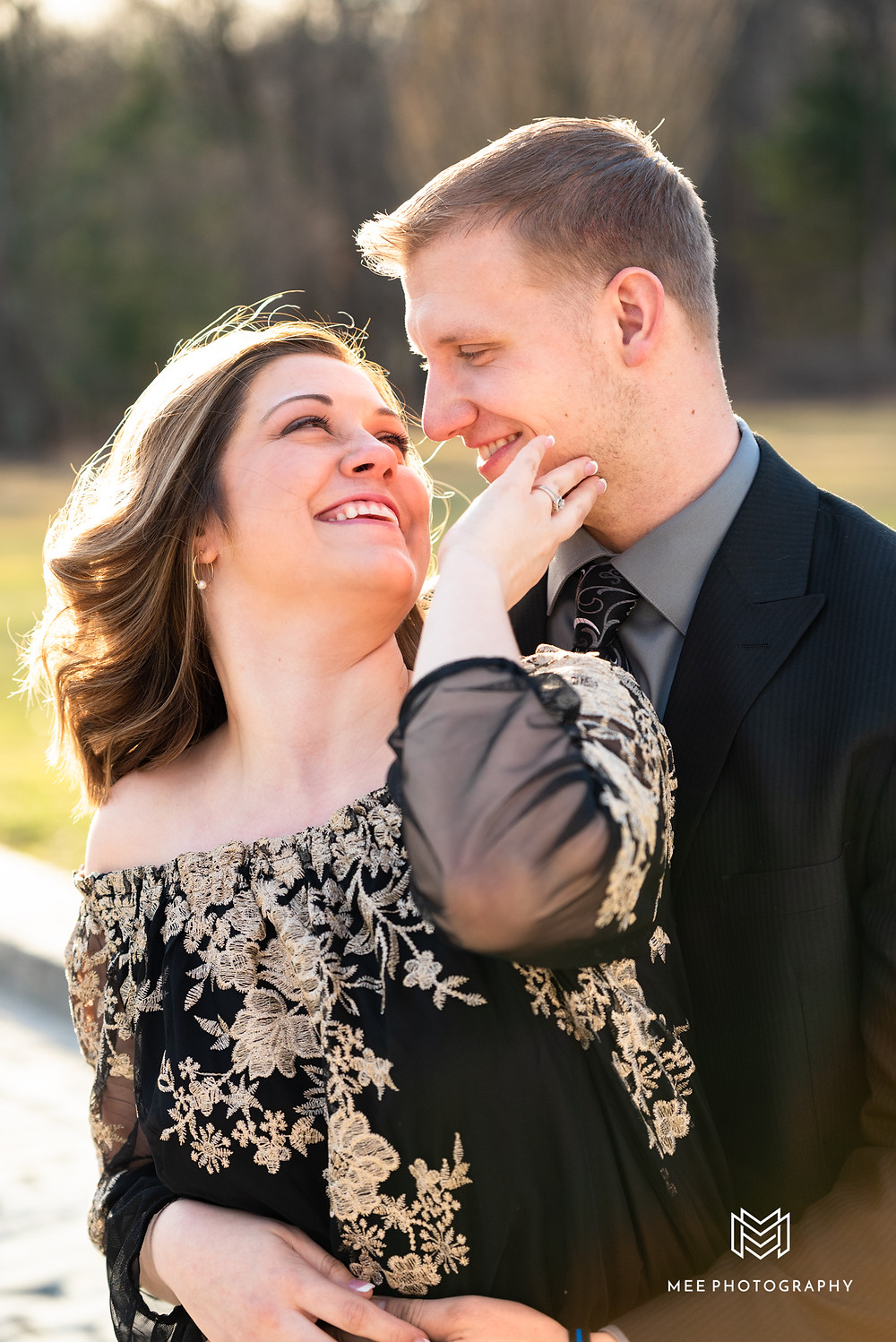 Pittsburgh engagement photography locations; hartwood acres