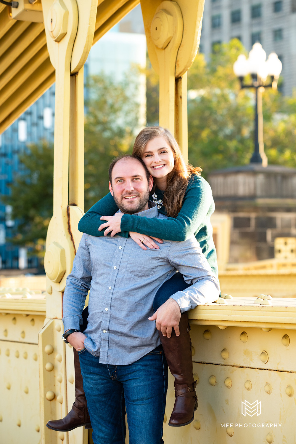 Pittsburgh engagement photography on the Clemente Bridge