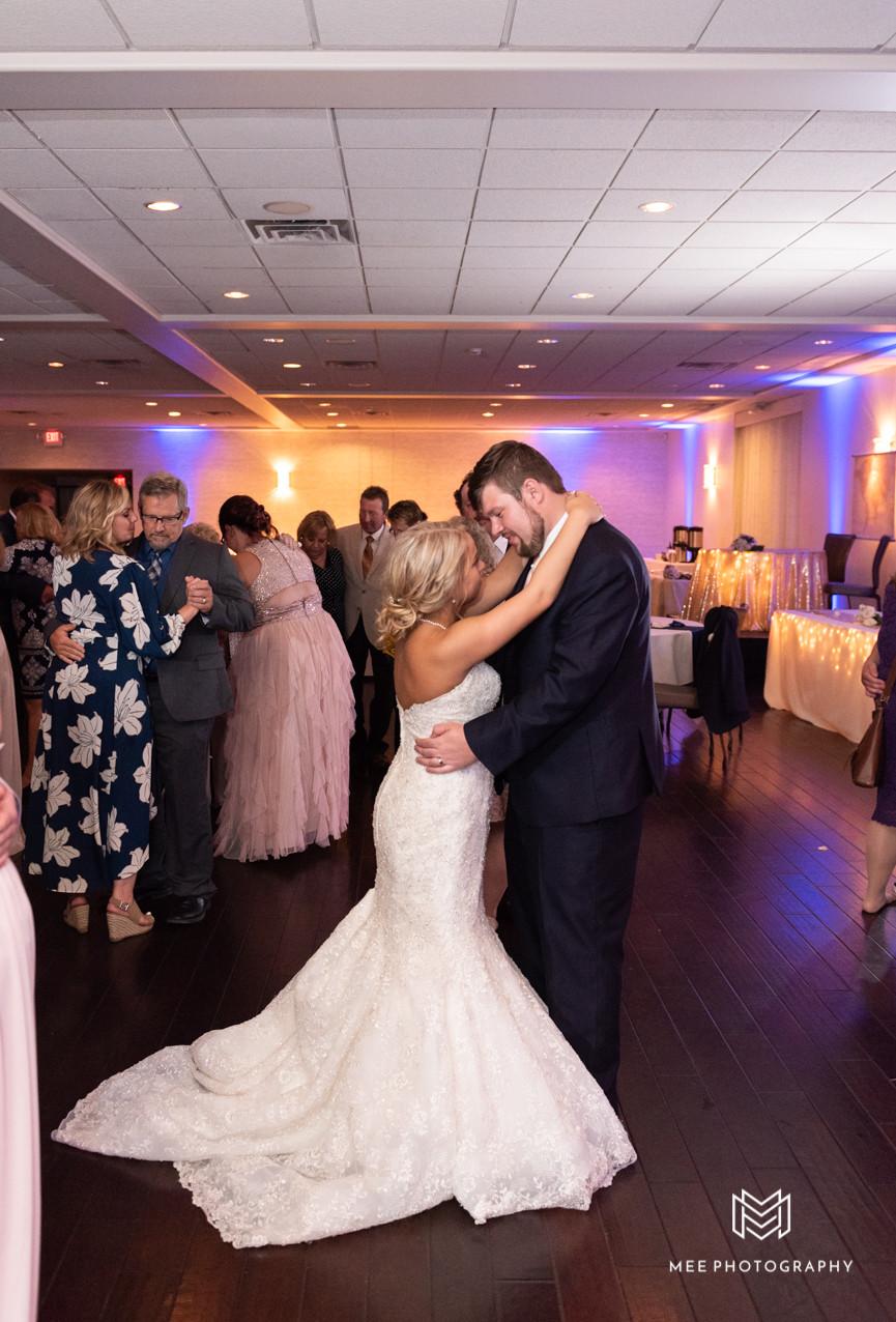 Last dance of the wedding day