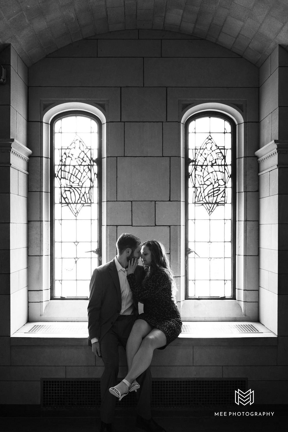 Oakland Pittsburgh engagement session at the University of PIttsburgh