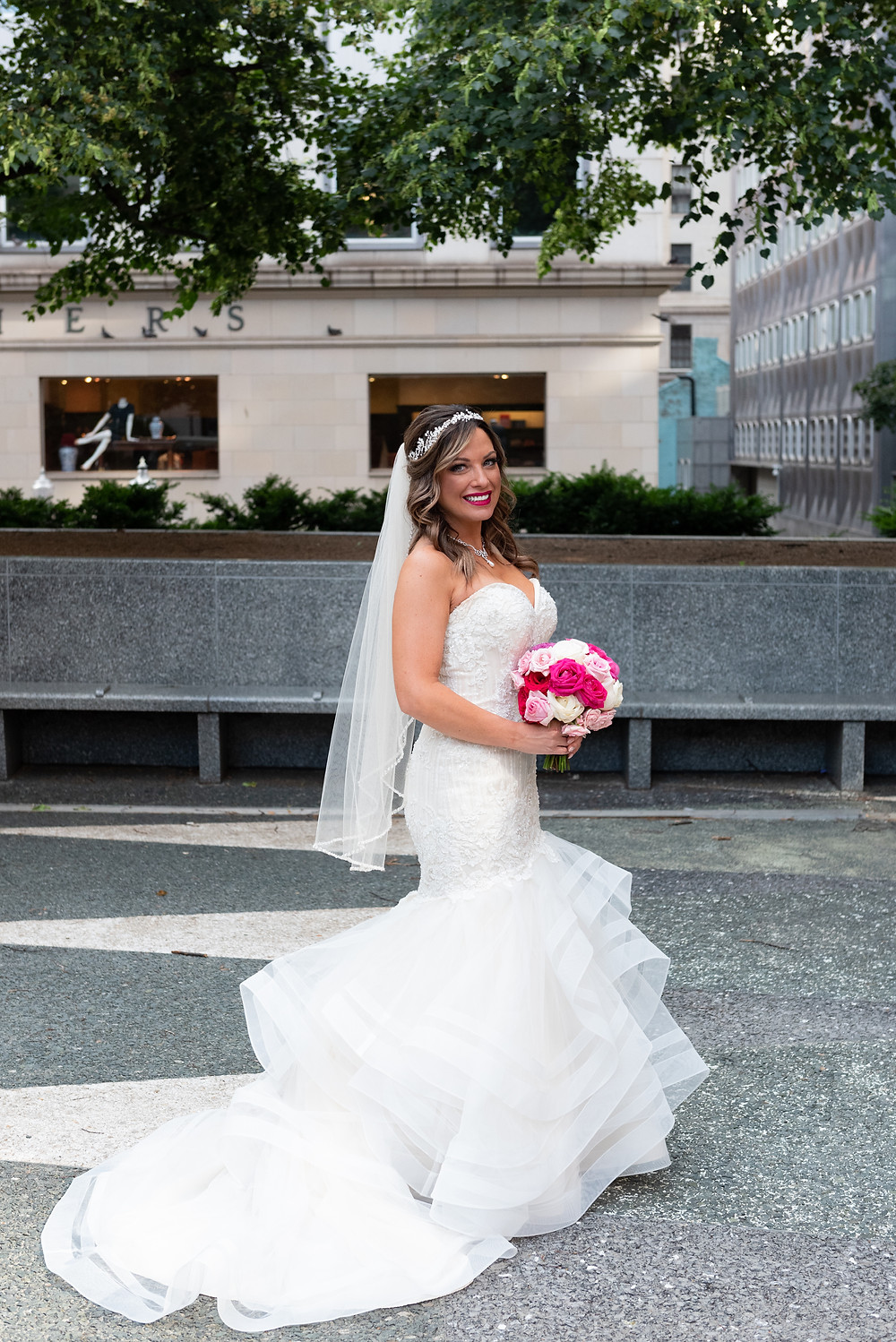 Portrait of the bride in Mellon Square
