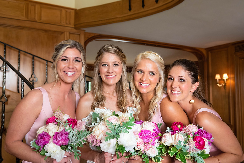 Bride with her sisters before the wedding ceremony in Ligonier PA