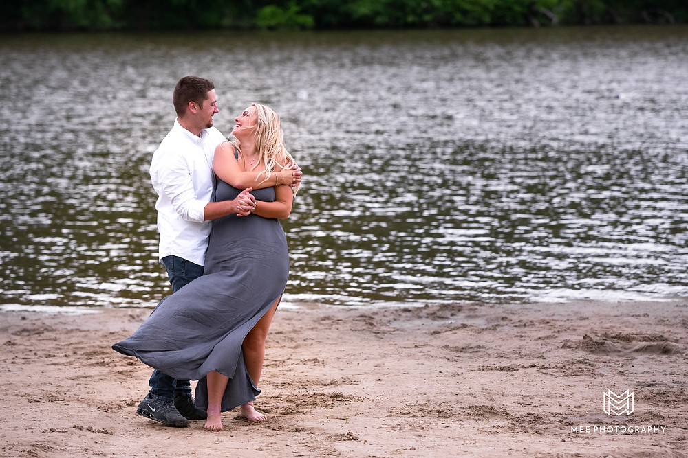 Park engagement session by the pond at Raccoon Creek State Park