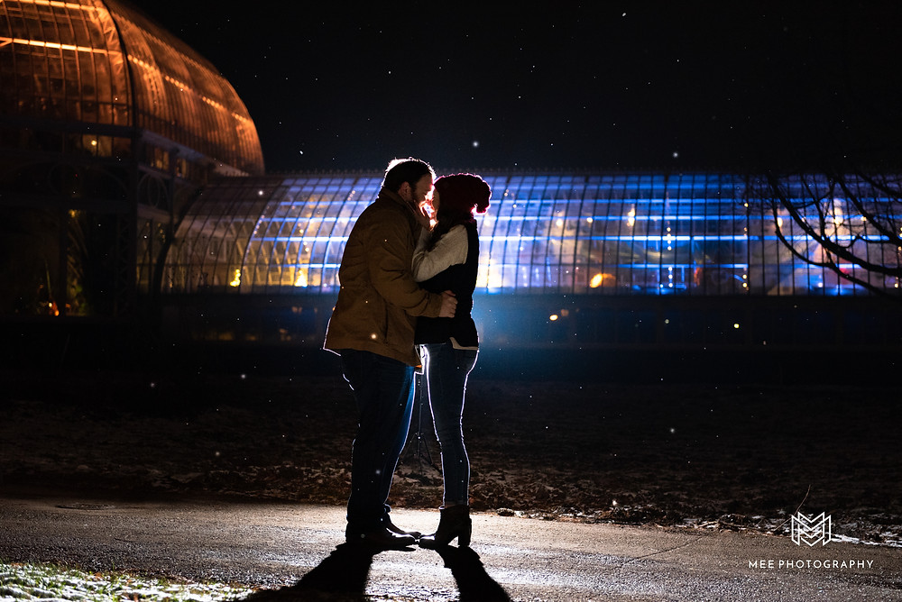 Christmas mini session at night in front of Phipps conservatory
