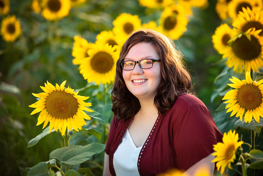 Sunflower field senior pictures near Pittsburgh