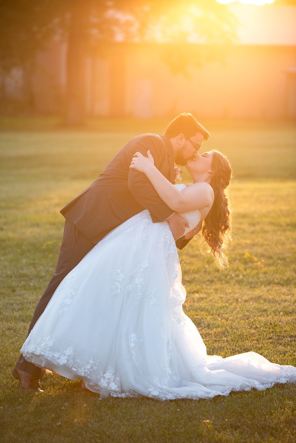 Golden hour sunset portraits at Drake's Landing banquet center in Canfield, OH