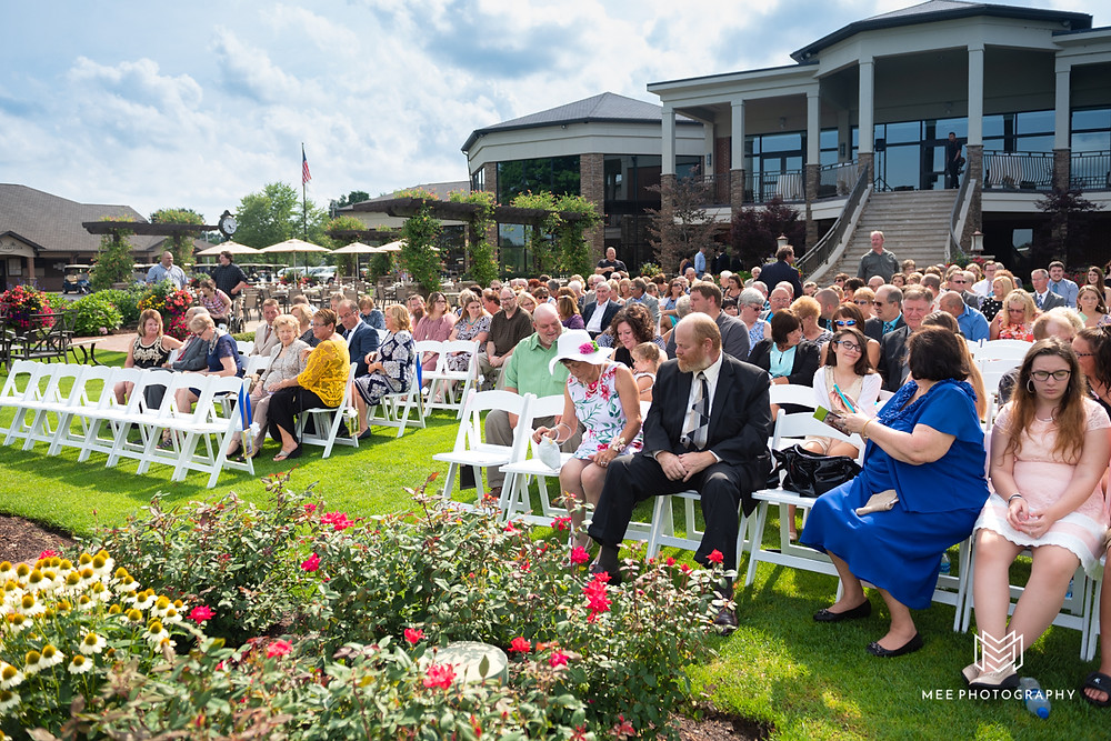 The Lake Club in Ohio outdoor wedding ceremony