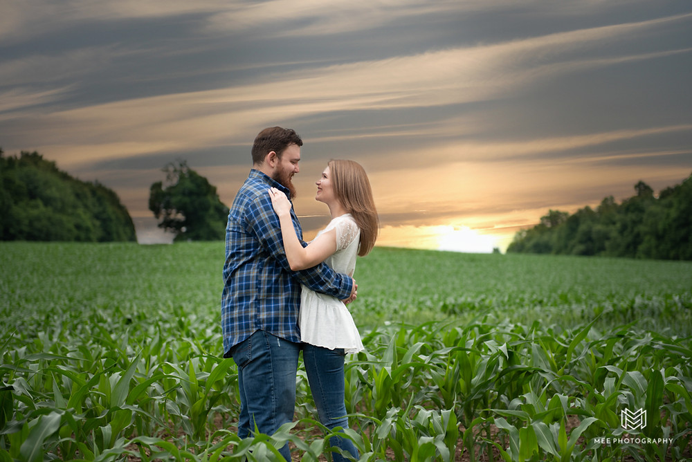 Engagement photos at sunset in the Maryland countryside