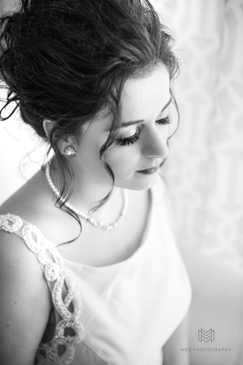 Black and white photo of the bride's makeup