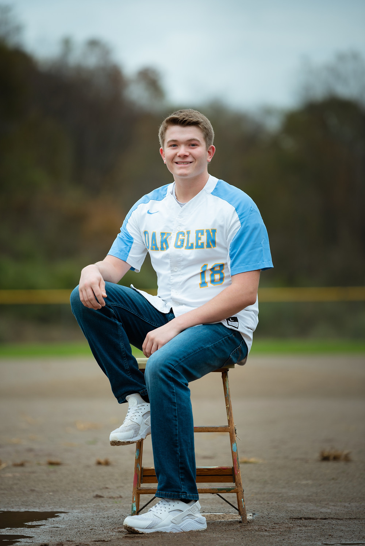 Senior guy baseball photoshoot near Pittsburgh