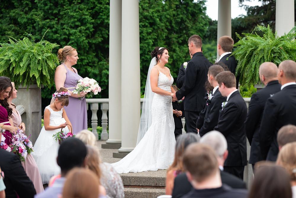 Outdoor wedding ceremony in Beaver, Pennsylvania