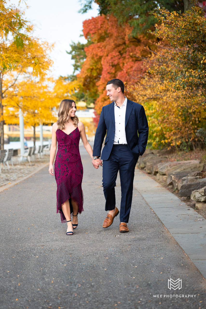 Fall engagement session at Point State Park in Pittsburgh