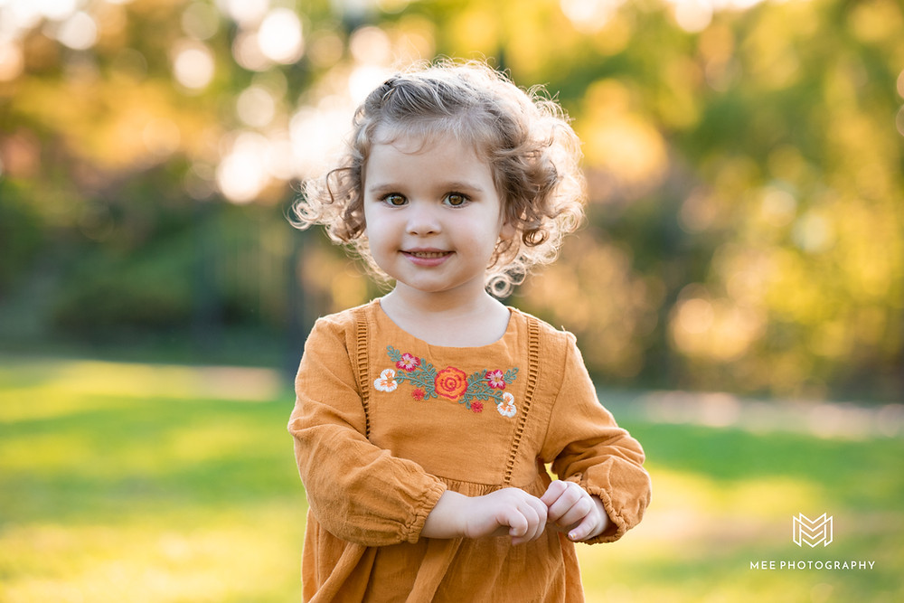Little girl fall photoshoot in PIttsburgh
