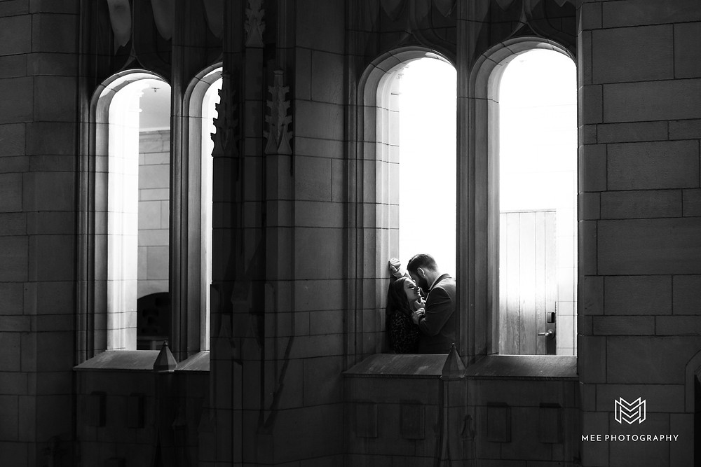 Oakland & Pitt Cathedral of Learning engagement session