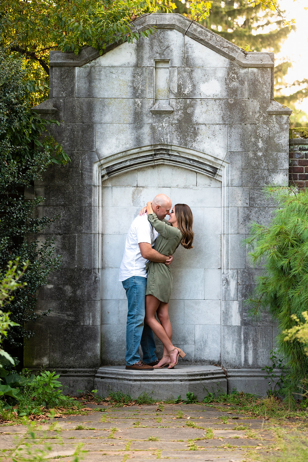 PIttsburgh engagement session at Mellon Park