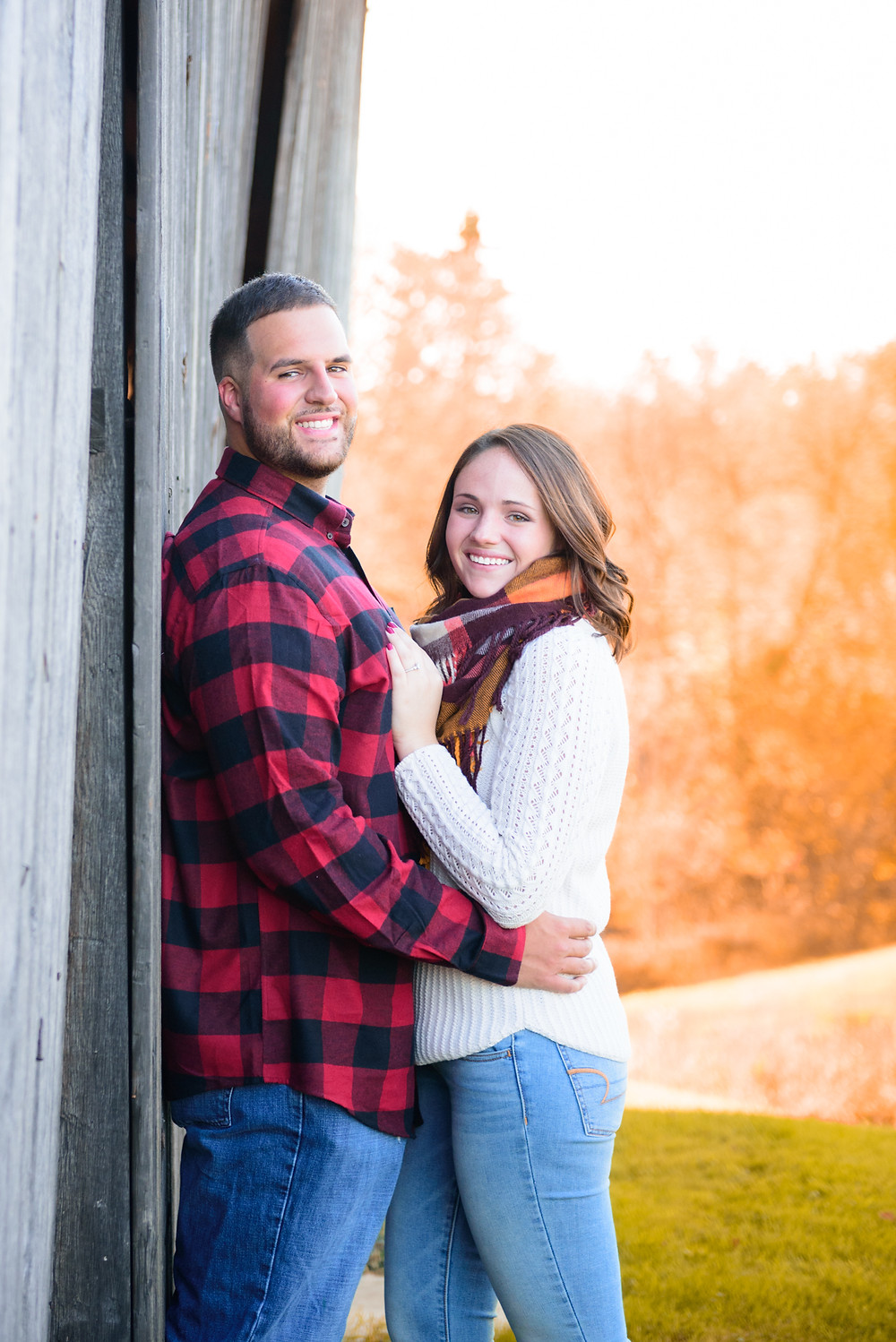 A country engagement shoot during the fall near Pittsburgh, PA.