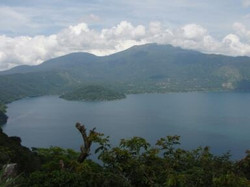 Lake Coatepeque | Surf El Salvador