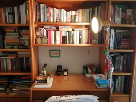 Shelf portrait