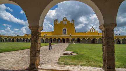 Mexico & Mundo Maya.jpg