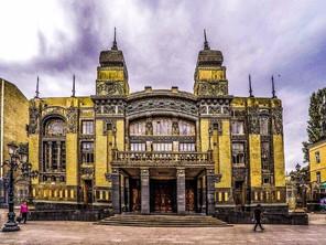 Oil, Politics and Music – The Opera in Baku