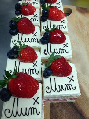 Cream Cake Mum Signature HL.jpg