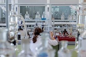 laboratory-2815640_640.jpg
