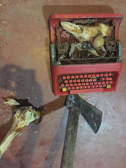 Acoco maq ossos e machado (1).JPG