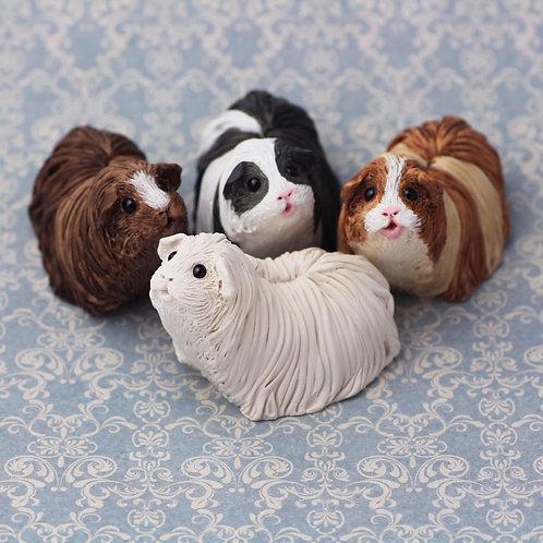 Paint your own guinea pig - Grace