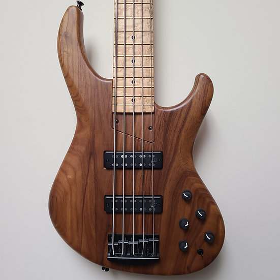2018 MTD USA Saratoga 5-string w/Roasted Ash body